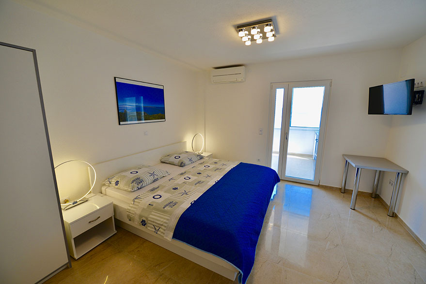 Hvar Apartment with seaview